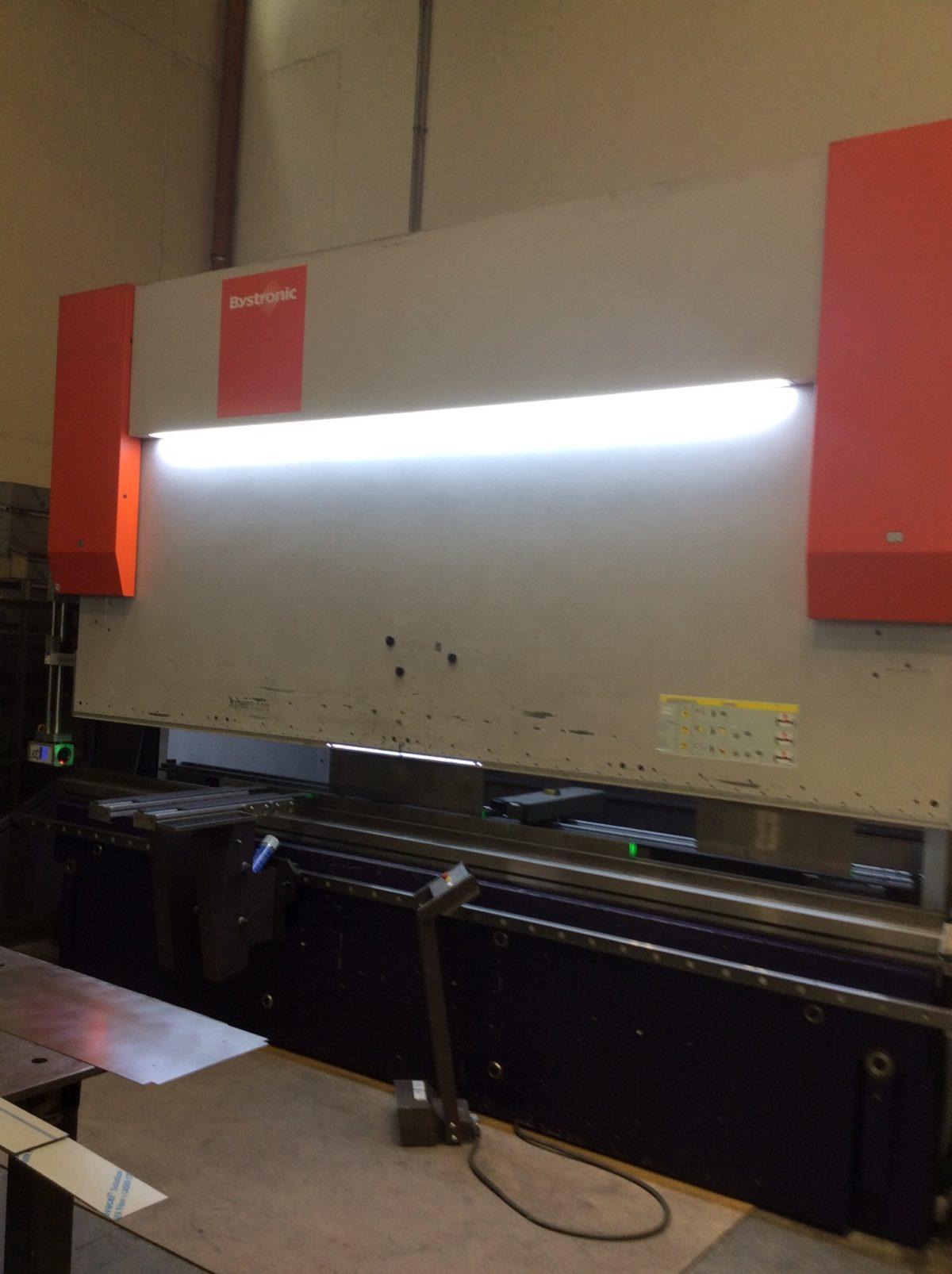 Pressa piegatrice BYSTRONIC EXPERT 200 x 4100 LAMS anno 2012